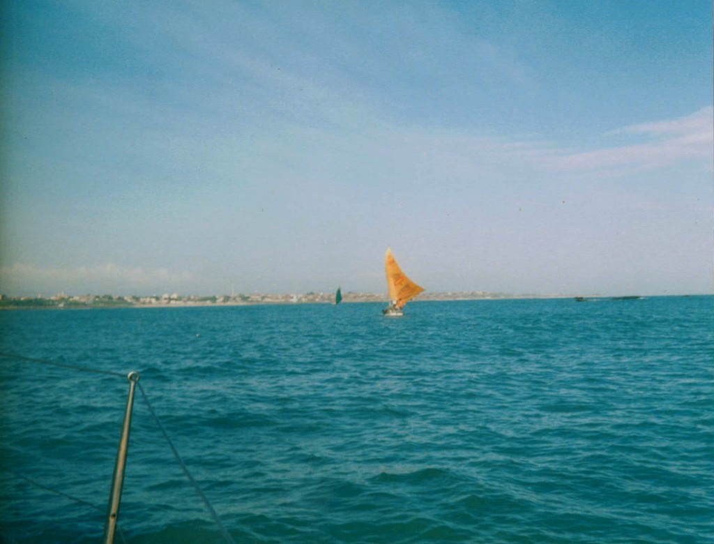 La jangada navegando de vuelta hacia Fortaleza